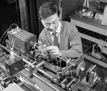 (http://www.goforich.co.uk/c_kao/recent.html)<br/>In 1965, the then young scientist Charles Kao doing an early experiment on optical fibers at the Standard Telecommunication Laboratories in Harlow, U.K.<br/>